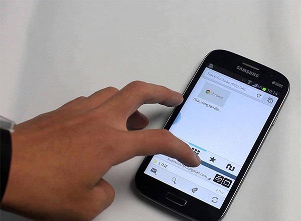 Thay màn hình điện thoại sam sung khi bị liệt cảm ứng