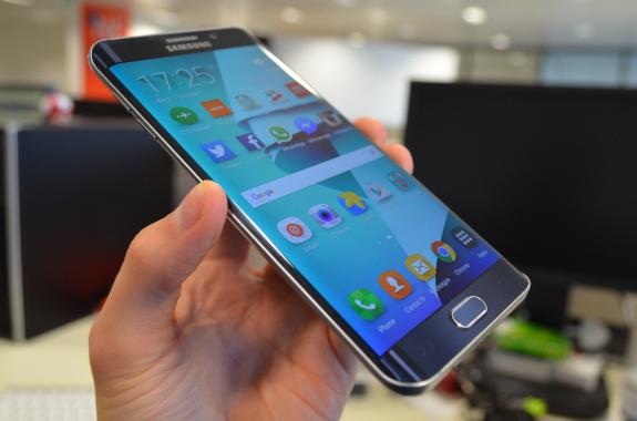 cần tìm hiểu cấu tạo trước khi thay màn hình điện thoại Samsung
